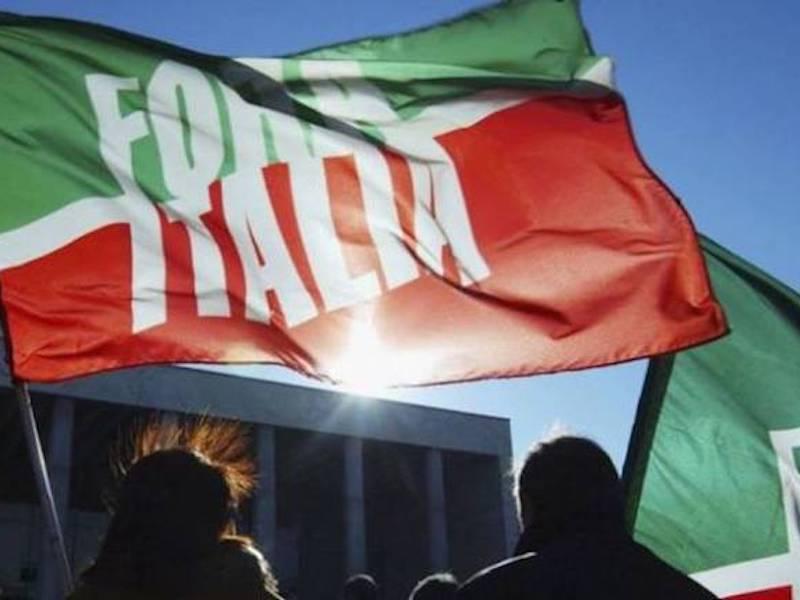 Forza Italia lavora alle amministrative, partita aperta sui comuni più grossi